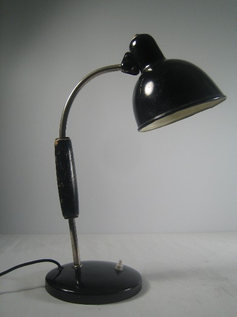 christian dell bauhaus working lamp wooden shaft alu black 1940